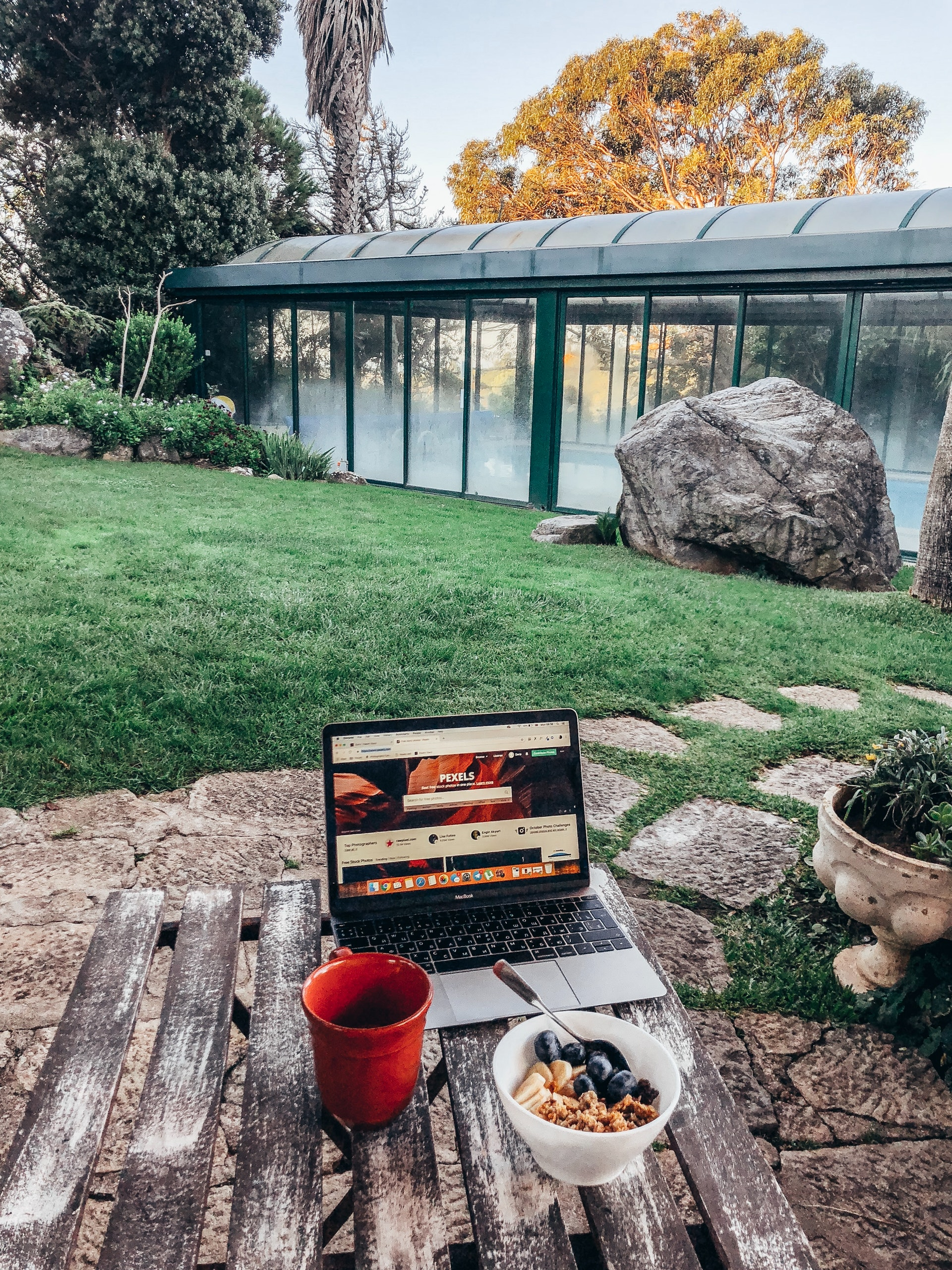 Offer flexible and remote working